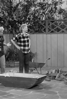 """I Love Lucy"" Building a Bar-B-Q 