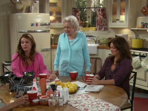 """Hot in Cleveland"" Who's Your Mama? 
