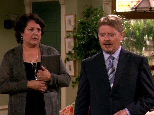 """Hot in Cleveland"" Good Luck Faking the Goiter Technical Specifications"