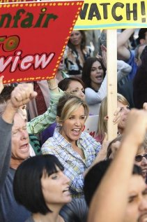 """Desperate Housewives"" Down the Block There's a Riot 