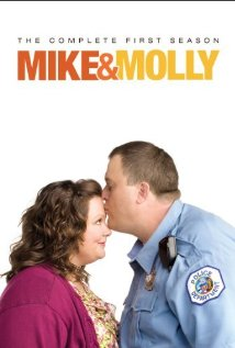 """Mike & Molly"" First Kiss 