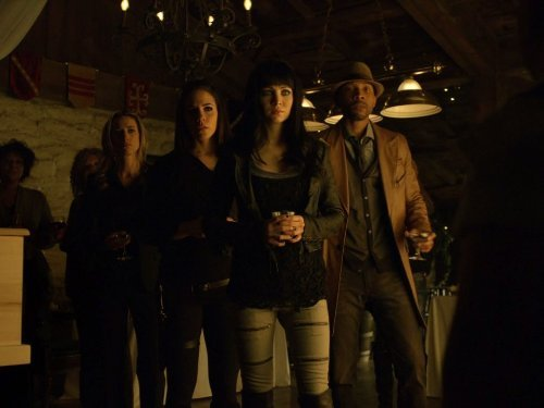 """Lost Girl"" Into the Dark Technical Specifications"