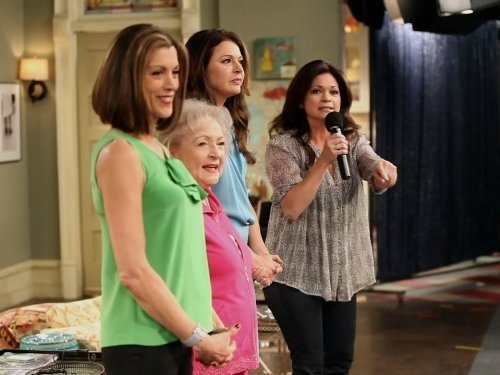 """Hot in Cleveland"" Some Like it Hot 