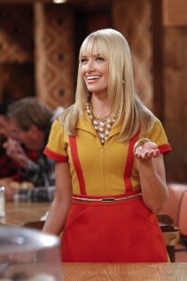 """2 Broke Girls"" And the Pearl Necklace 
