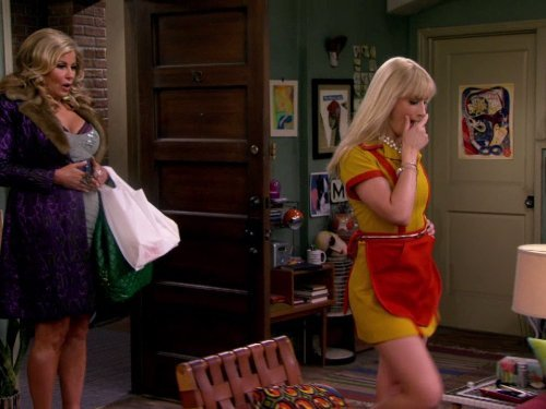 """2 Broke Girls"" And the Worst Selfie Ever Technical Specifications"