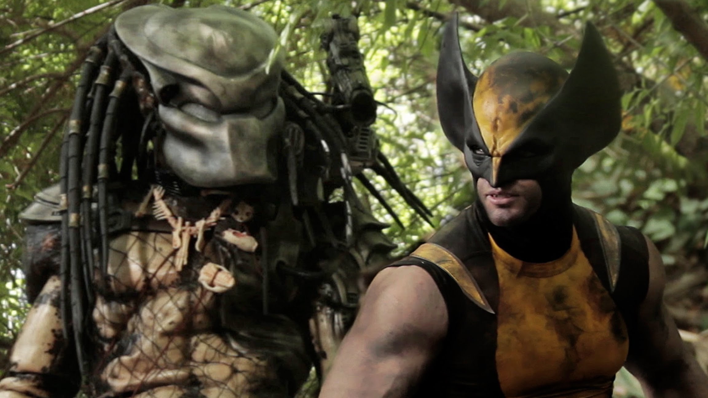 """Super Power Beat Down"" Wolverine vs. Predator 