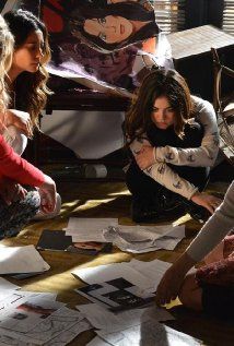 """Pretty Little Liars"" She's Come Undone 