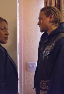"""Sons of Anarchy"" A Mother's Work 