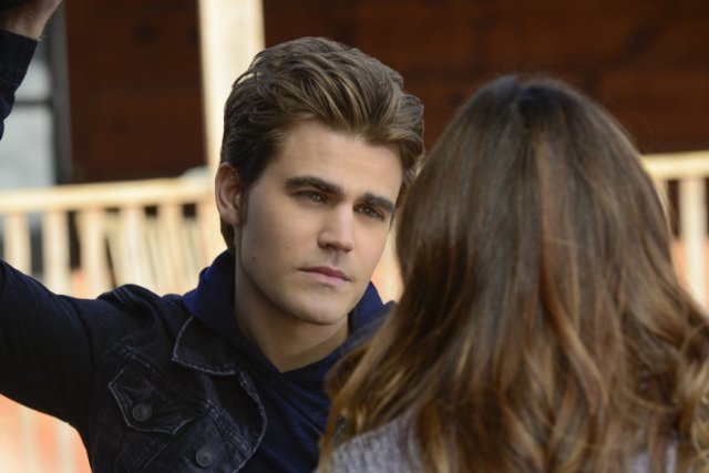 """The Vampire Diaries"" What Lies Beneath 