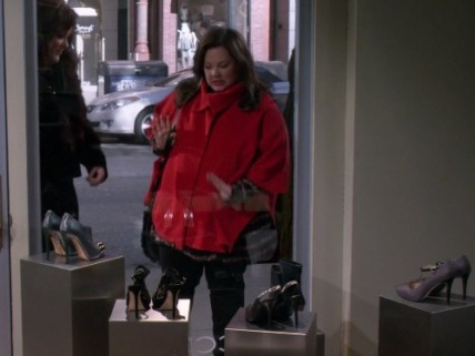 """Mike & Molly"" Shoeless Molly Flynn Technical Specifications"