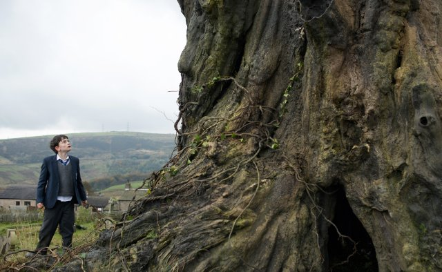 A Monster Calls (2016) Technical Specifications