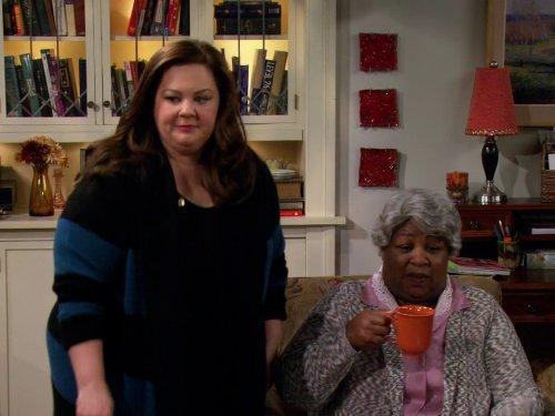 """Mike & Molly"" McMillan and Mom Technical Specifications"