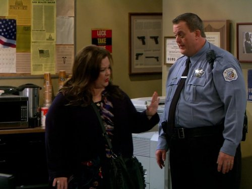 """Mike & Molly"" Who's Afraid of J.C. Small Technical Specifications"