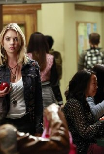 """Pretty Little Liars"" March of Crimes 