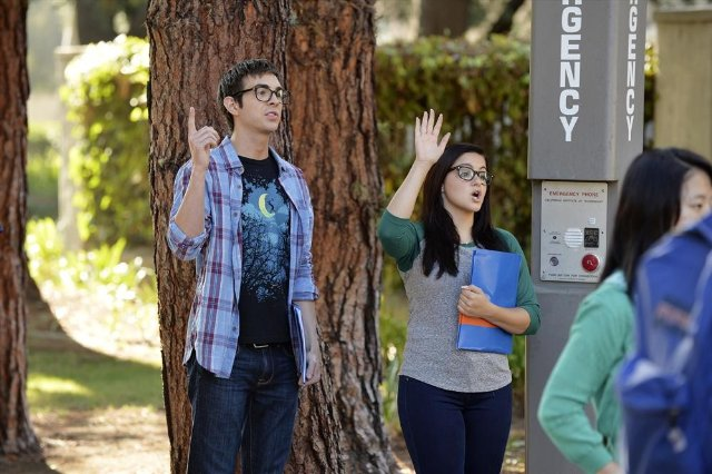 """Modern Family"" Don't Push Technical Specifications"