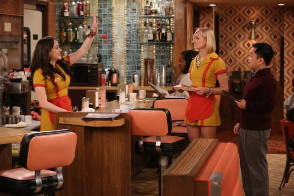 """2 Broke Girls"" And the Wrecking Ball 