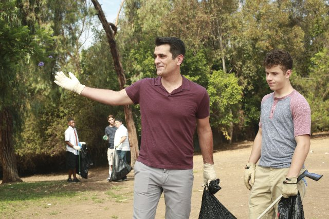 """Modern Family"" The Verdict Technical Specifications"
