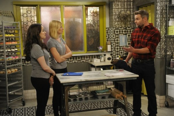 """2 Broke Girls"" And the Inside-Outside Situation 