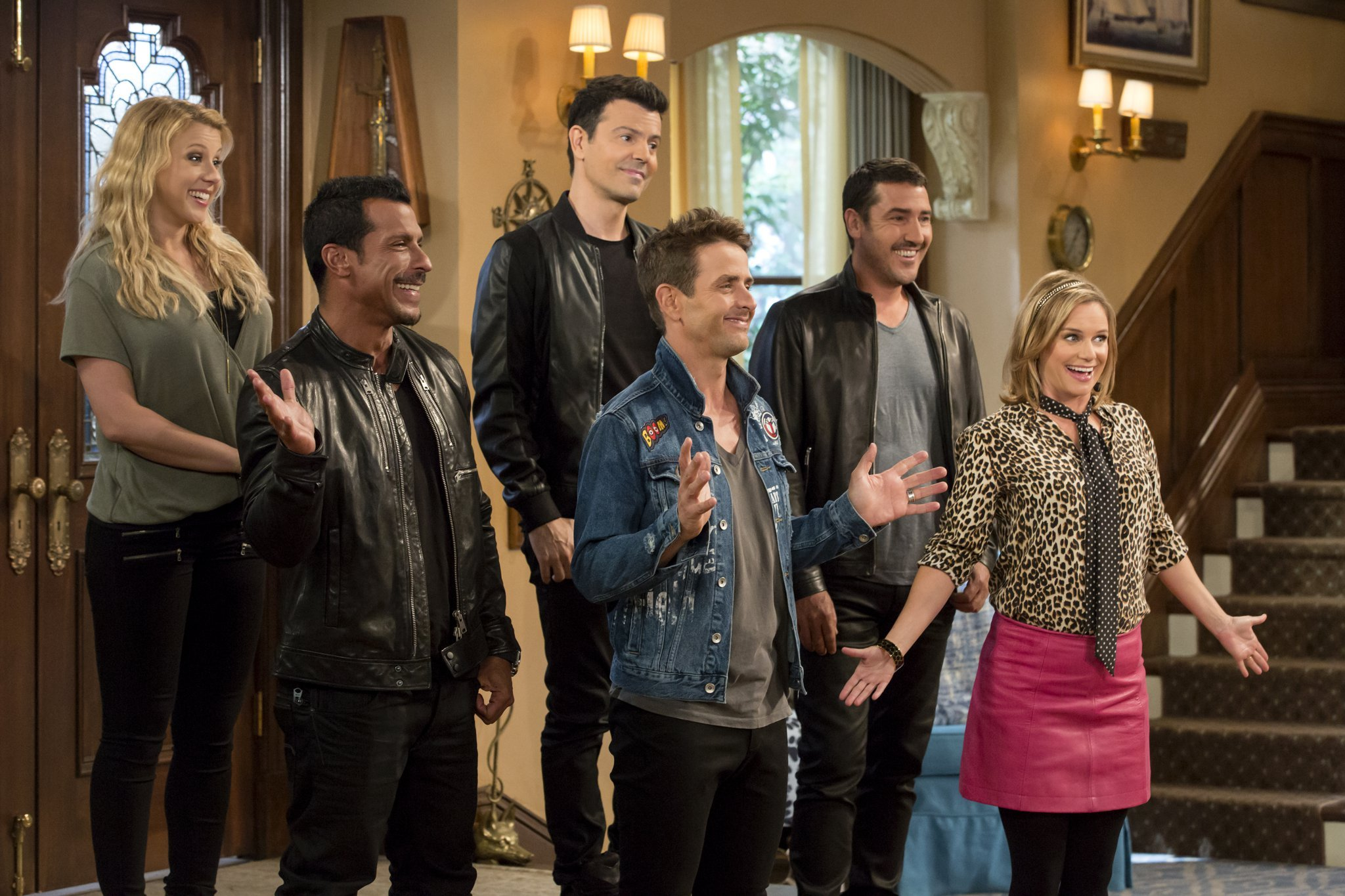 """Fuller House"" New Kids in the House 