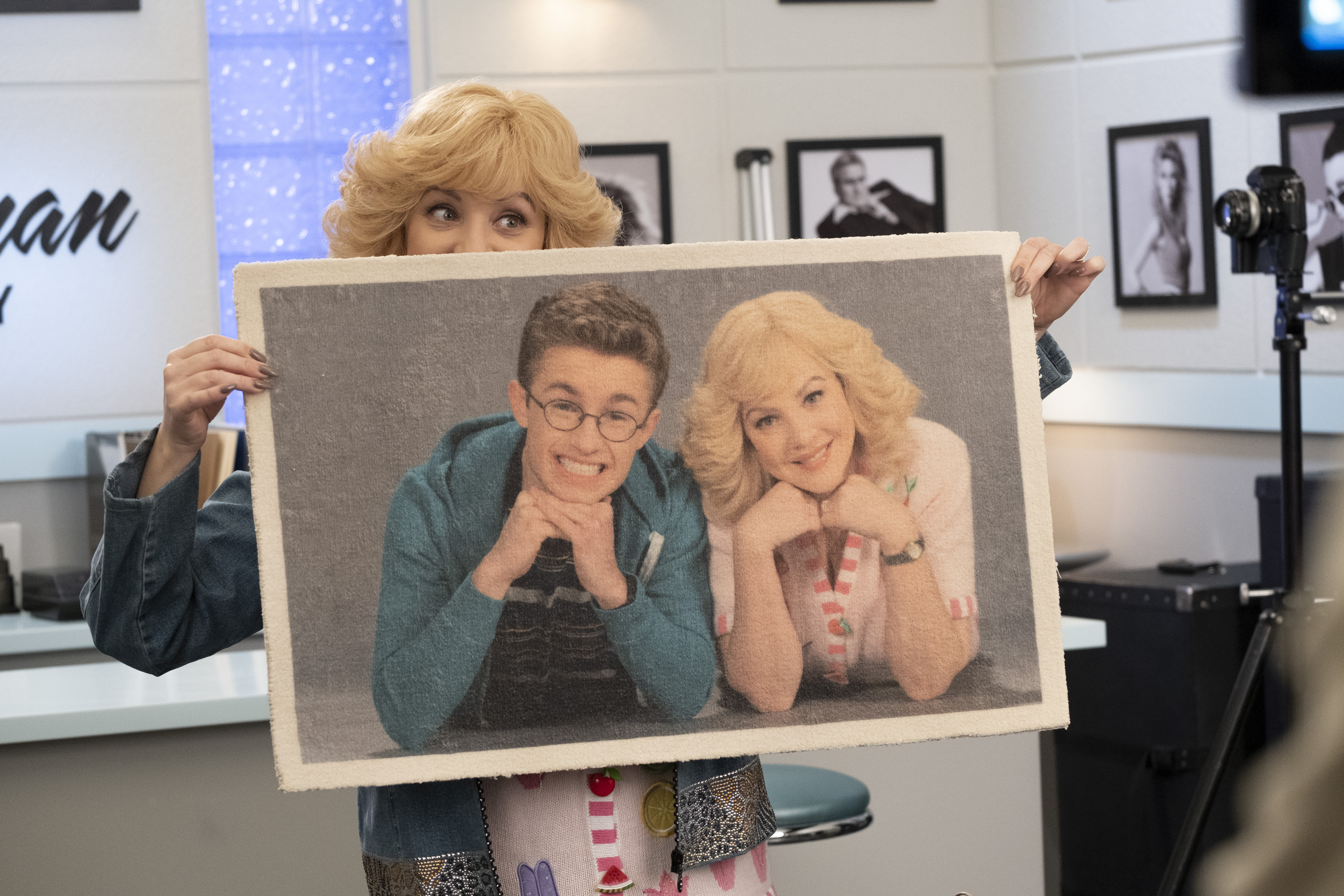"""The Goldbergs"" Mom Trumps Willow 